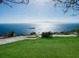 Chalet en Punta Carnero, El Faro